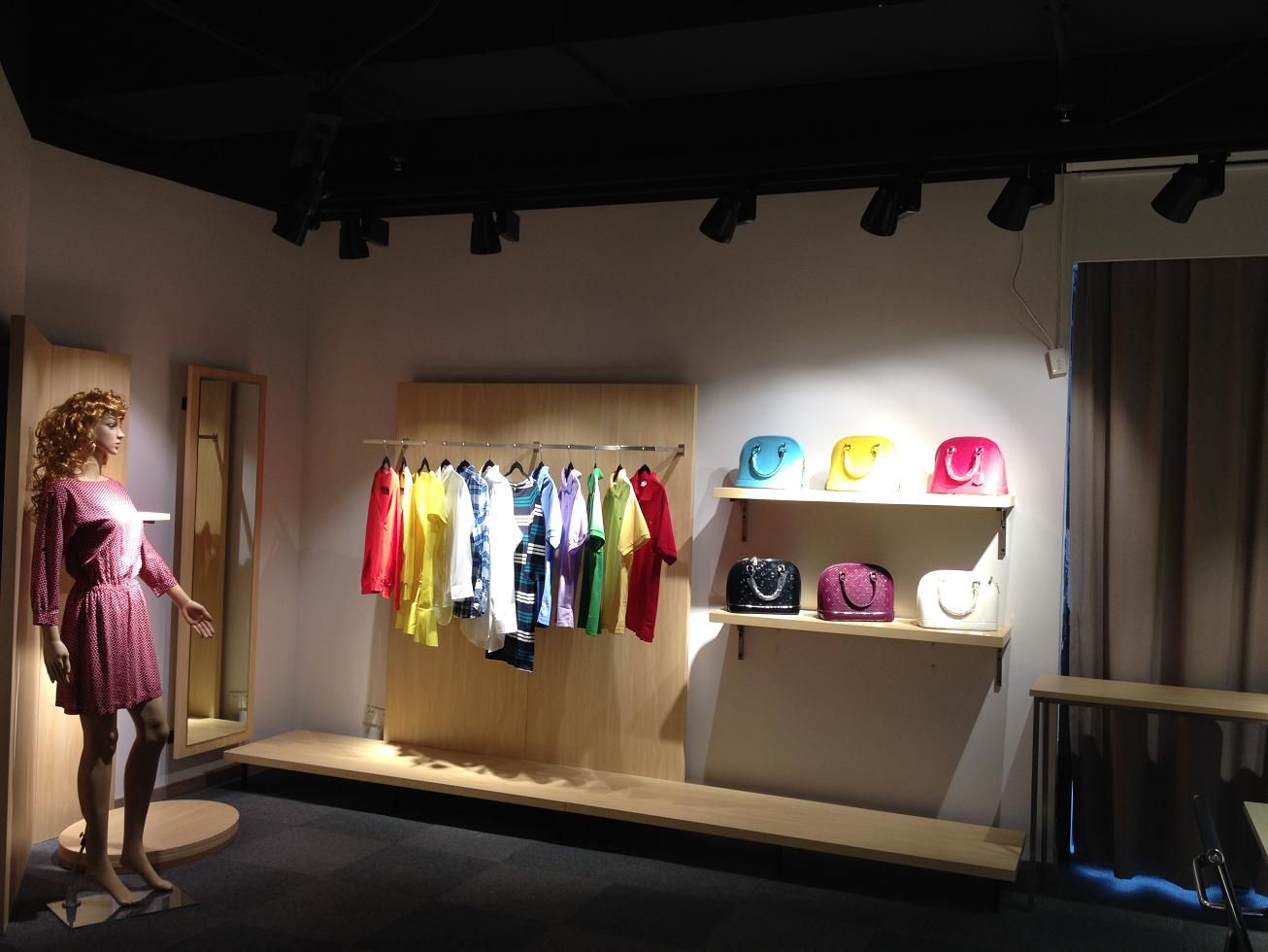 show room (10)